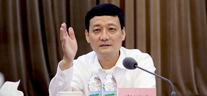 肖亚庆在《人民日报》上发表署名文章: 开创市场监管新局面